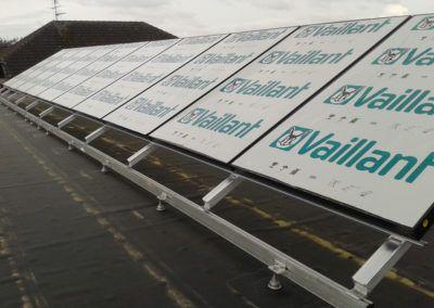 Termische Solaranlage auf Flachdach